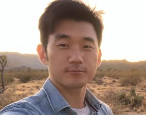 Kyungjun's headshot photo taken in Joshua Tree National Park